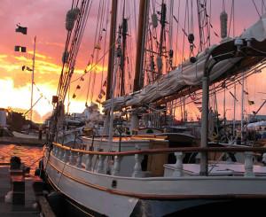 sun-setting-in-victoria_Spike-Africa