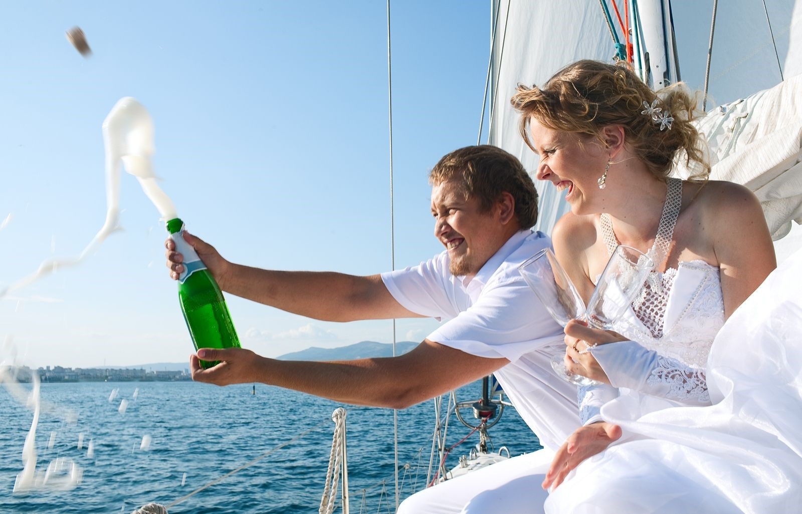 How to Maximize Your Beautiful Wedding on San Juan Island Charters